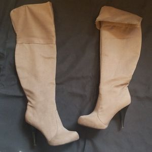 Dollhouse Knee-high boots